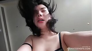 Young Vietnamese prostitute fucks for money in a hotel scope